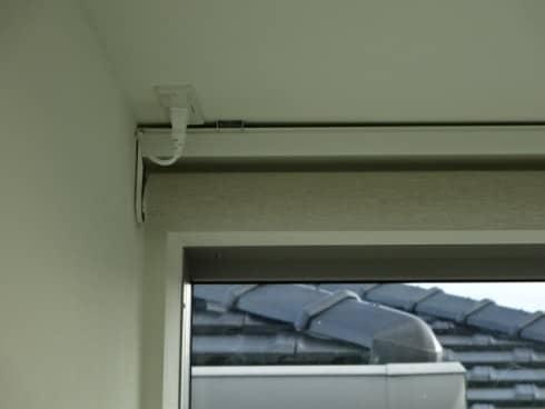トーソー電動ロールスクリーンプラグ